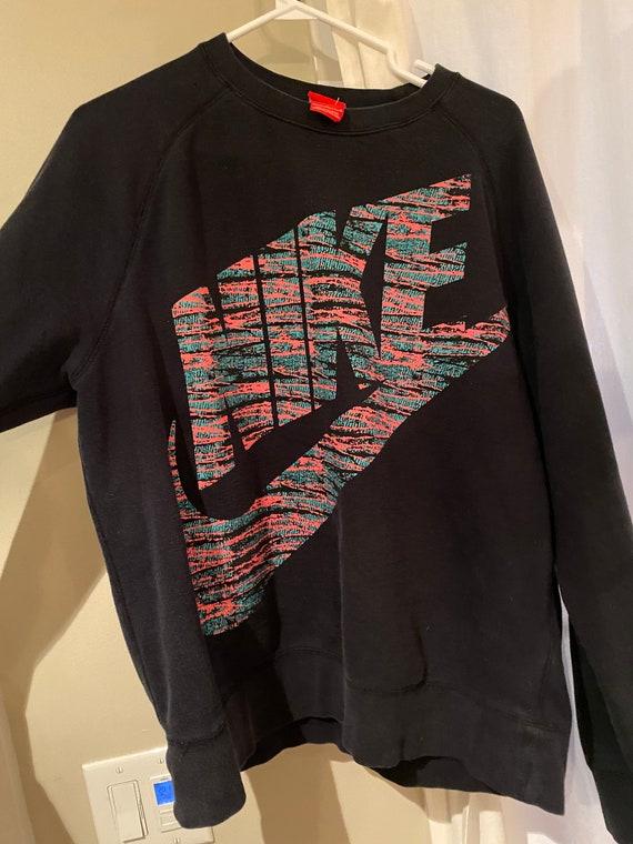 Large retro Nike crew neck sweater - COLOUR: BLACK