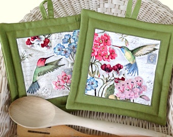 Two Green Hummingbird Pot Holders