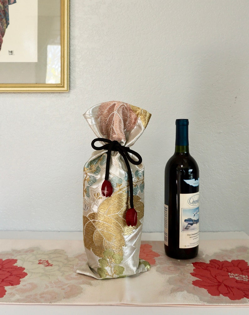 Gifts for Him Metallic Floral Obi Wine Covers Japanese Home decor Wine Bottle Centerpiece Gifts for Her Japanese Wine Bottle Cover