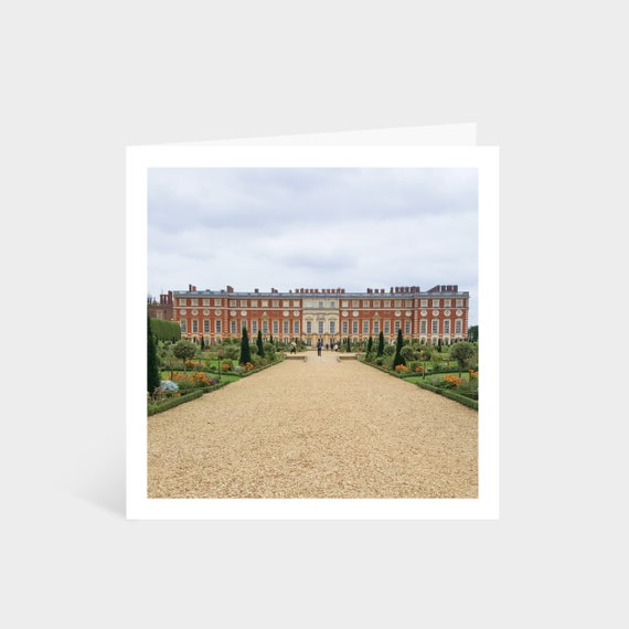 Standing square card with a wide shot of Hampton Court Palace in London