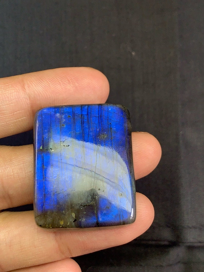 Natural Labradorite Blue Fire