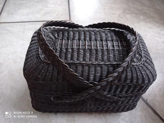 vintage wicker pic-nic basket