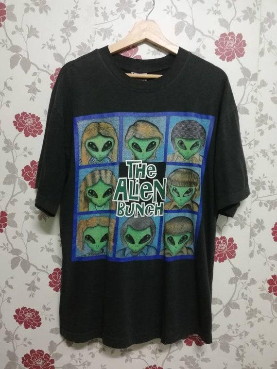 Vintage 90s The Alien Bunch / Diesel tag / Alien w