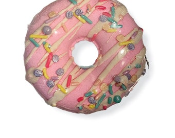 Pretty in Pink | Sweet Pea Donut Bath Bomb with Cocoa Butter Drizzle | Doughnut Bath Fizzy
