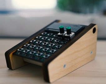 ImpossibleShape PO Stand - wooden stand for Pocket Operator 2020 Light Birch | Benoit's Design Co. Music Supply