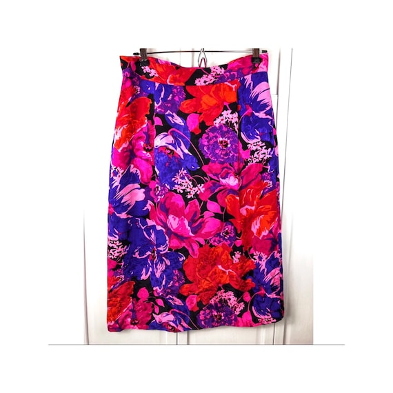Vintage Flora Kung Designer Silk Pencil Skirt