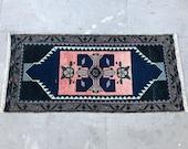 vintage door mat, bathroom rug, small rug, oshak vintage rugs, kilim rug, turkish area rug, moroccan rug, colorful rug, hooked rug