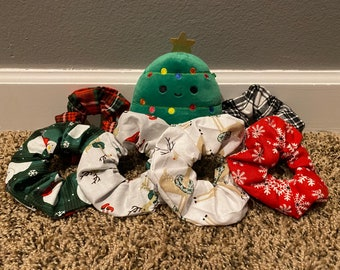 christmas scrunchies and masks