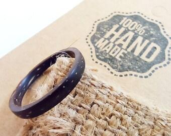 Coconut shell link flower ring 40x4mm flower Coconut shell link 40x4mm ring.