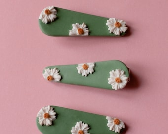 Green & White Daisy Hair Clip | Polymer Clay Accessories | Crocodile Clip