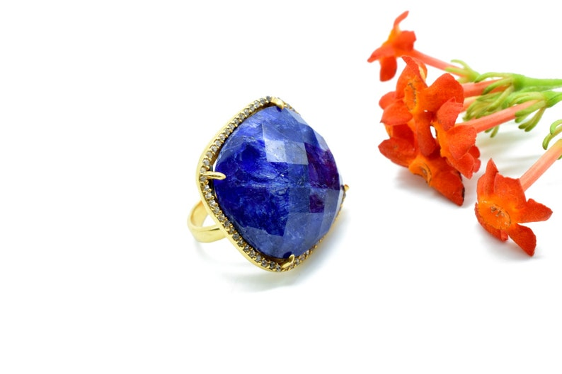 sapphire gemstone ring,sapphire pave ring,blue gemstone,cushion cut ring,Christmas Gift For Her,Fine Jewelry,Pave Diamond Ring,925 Silver,