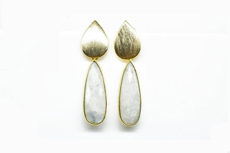 Rainbow Moonstone Long teardrop earring Dangle Earring,Bridesmaid gift,Mom gift Statement Earring,June Birthstone Earring,Drop Earring