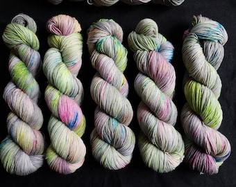 SW 7525 MerinoNylon handdyed yarn /'Boys will be boys/'