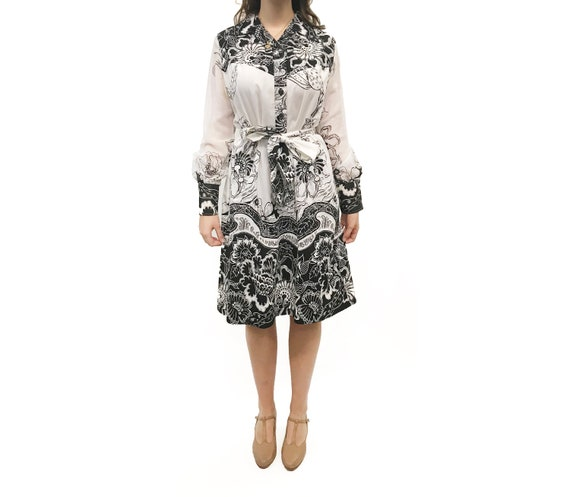 Vintage 1980s Black and White Bold Floral Print We