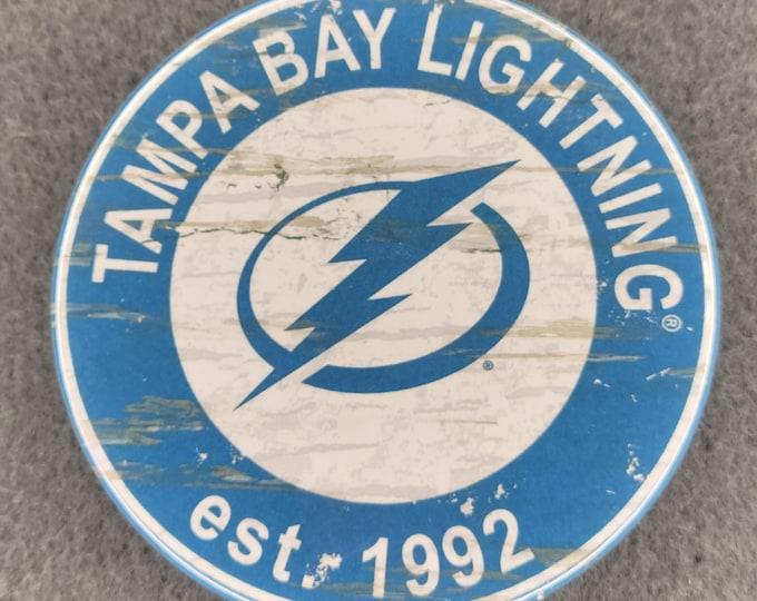 Tampa Bay Lightning pin back button, Lightning team logo buttons, NHL sports team pins, NHL sport team buttons, NHL pin back buttons