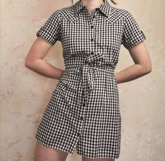 Gingham/Checkered Black and White 'Tie Front' Picn
