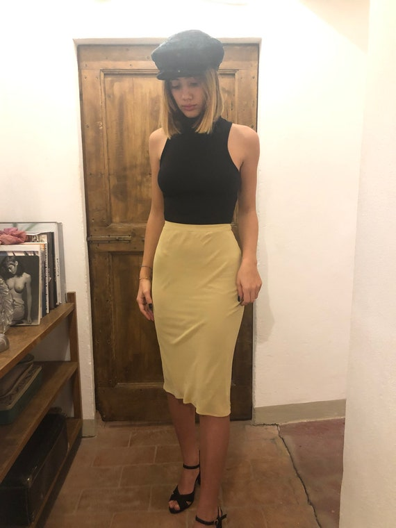 D&G Dolce and Gabbana 2000s nude color skirt / eu