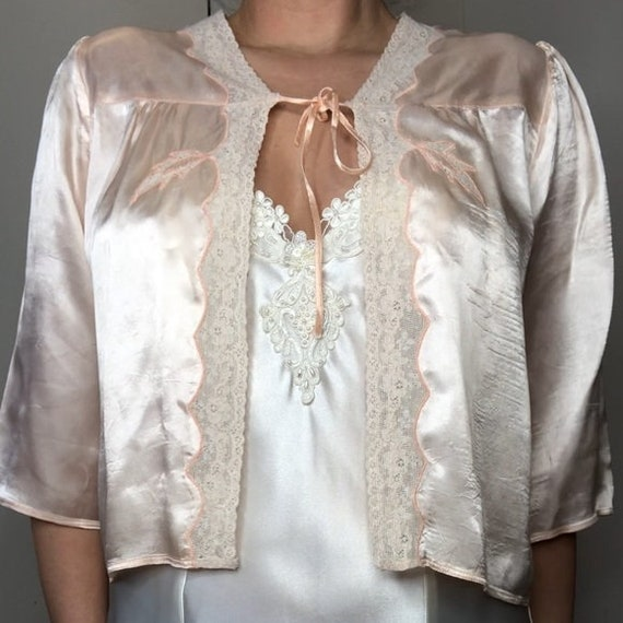 Vintage silk lace peach bed jacket