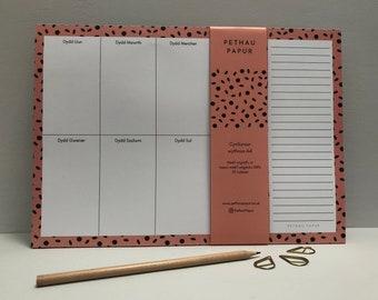 Anrheg Cymraeg Welsh Present Gift Cynllun / Cynlluniwr Wythnos / Wythnosol Pad Nodiadau Weekly Planner Notepad Recycled Paper A4