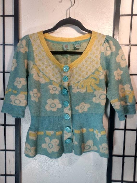Vintage short sleeve, button cardigan