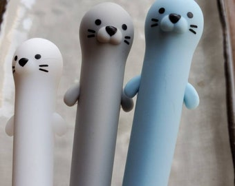 Adorable Otter Pen / Gel Pen / Gift for Student / Fun Stocking Stuffer / Back to School Novelty Pen  / Cute Pen Pal Gift / Sea Otter Gifts