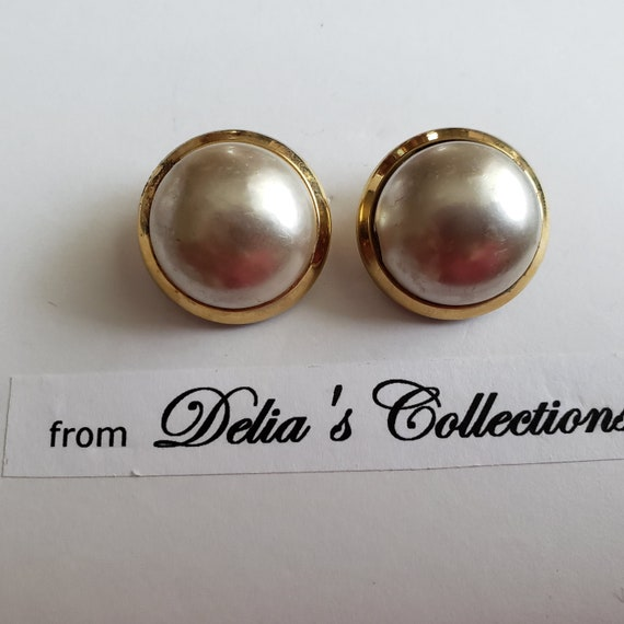 Signed Marvella Pearl Button Vintage Earrings - image 4