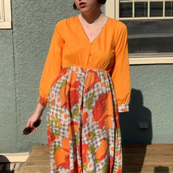True Vintage 70s Maxi Dress