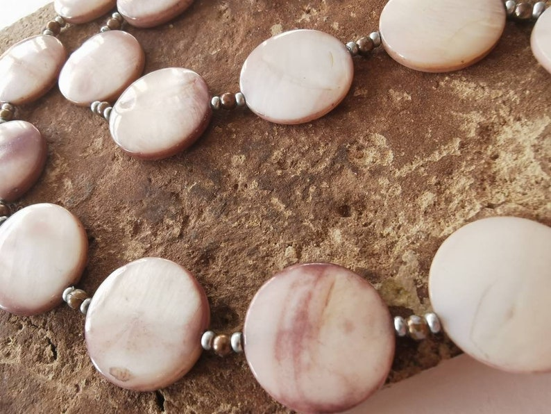 Gift for Her Shell Beaded Necklace Necklaces for Women Mother of Pearl Necklace Pink Bead Necklace Handmade Light Pink Necklace