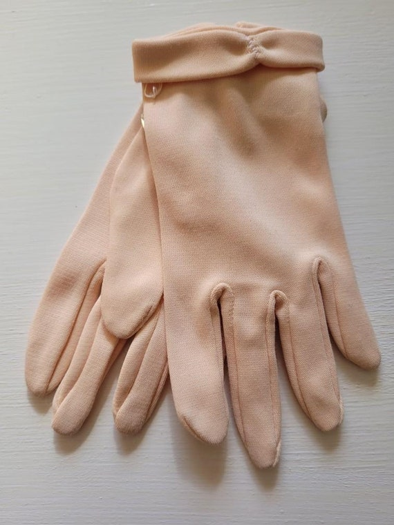 French Chocolate Brown Wrist Length Kid Skin Leather Ladies Gloves Old Stock UNWORN with Tag by ARIS of Paris Size 6 14 Made in France