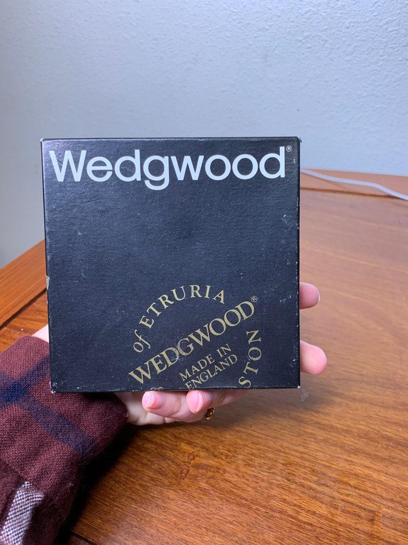 Wedgwood J1000 Round Tray