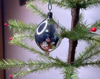 1960s Santa Claus Glass Blown Ornament