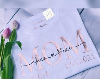 Women's Tshirt MOM Est(Personalized by Name) Tshirt MOM   Mama Shirt  Statement shirt  Gift for mom   Mom