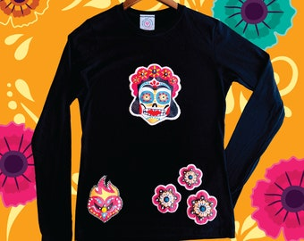 Dia de los Muertos Shirt, Hand Embroidered, Mexican Holiday Day of the Dead, Halloween, Catrina, Cute Skull, Heart and flowers, Festivities