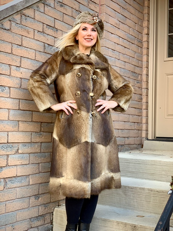 fur coat & hat vintage 1970s