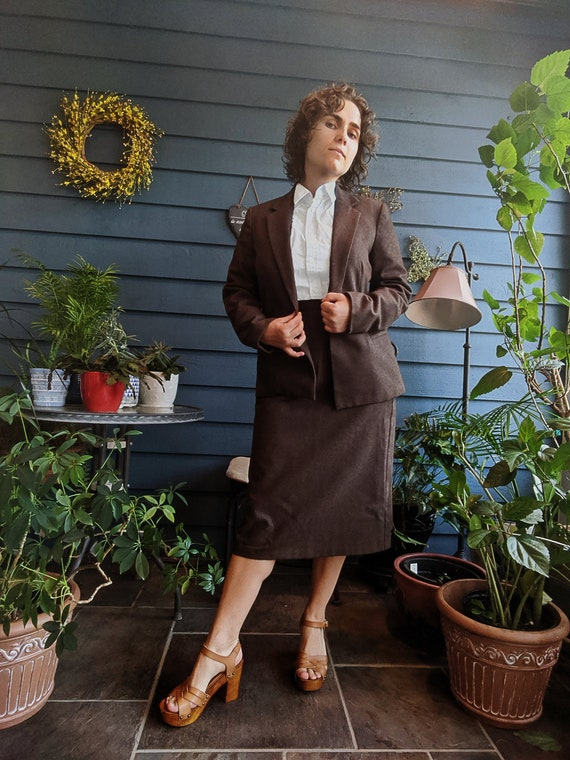 Vintage Lined Brown Dress Suit with Pockets