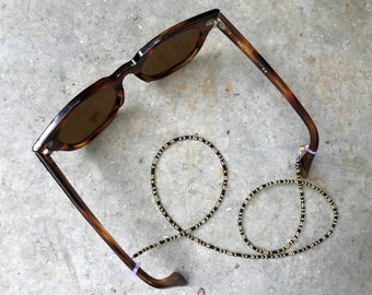 """Eyewear chain """"Cookie"""" 