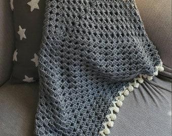 Granny Square Baby Blanket - Grey/Cream