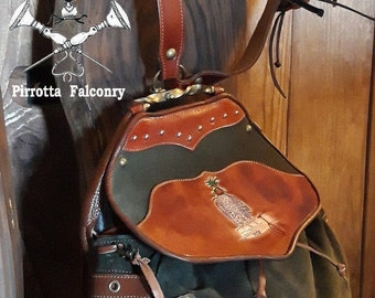Falconry bag -  Leather bag - Hunting bag - Personalized Bag - Genuine Italian Leather - Hand Made in Italy