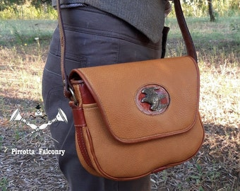 Leather shoulder bag - Woman bag with shoulder strap - Falconry - Bag with hawk - Italian leather - Handmade in Italy