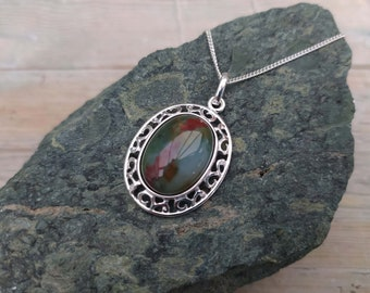 Bloodstone Filigree pendant - March/Aries/Pisces birthstone  (18x13mm stone), Sterling silver