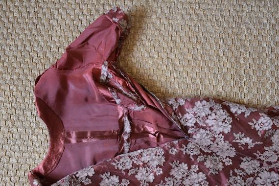 Vintage hand sewn lace dress - image 6