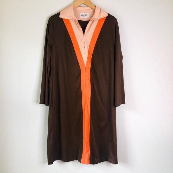 Vintage 1970's Vanity Fair House Dress   1970's Sh