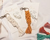 Name card and gift with macramé, in pastel colors, place cards, seat cards *Large 18 cm*