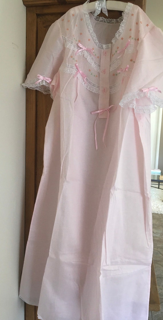 1950s vintage nightgown