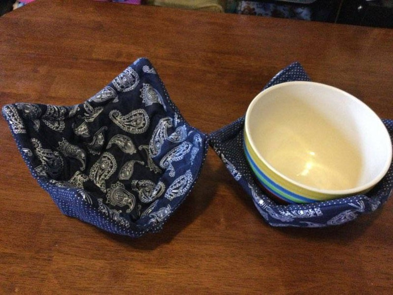 Pair of microwave safe bowl cozies