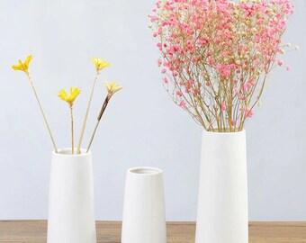Pure White Ceramic Vase, Ceramic Flower Vase, Modern Vase, Tabletop Vase, Vase For Flowers, Table Centerpeice, Handmade Vase, Ceramic Vases