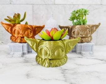 Baby Yoda Decor, Grogu Pot Planter, Succulent Pot, Gift for Plant Lovers, Pencil Holder, Pen Pot, Face Planter, Toothbrush,
