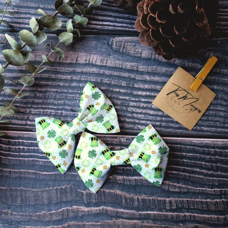 St Patrick Hair Bow Leprechaun Hat Girl Bow clip Alligator Clip Baby Gift Dog and Cat Hair Bow Elastic Band or Nylon Headband