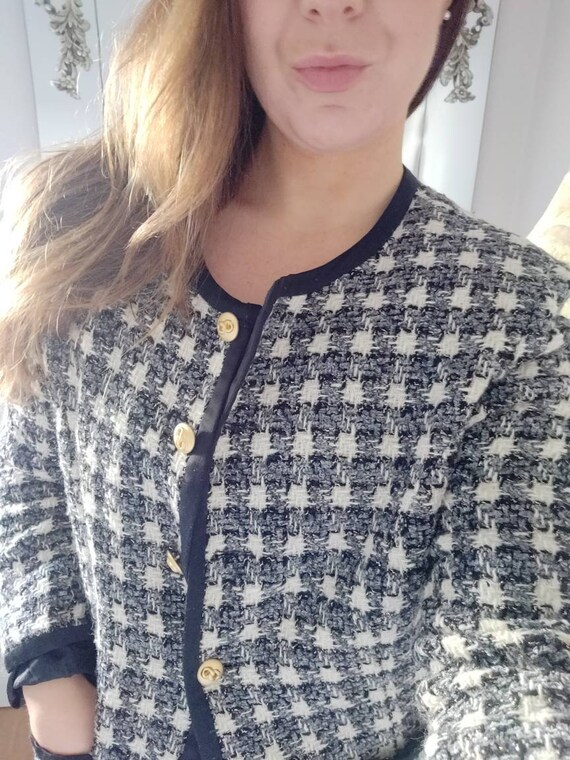 CHANEL INSPIRED vintage blazer