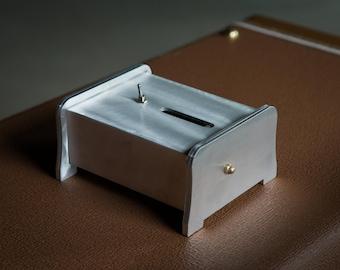 Useless Machine